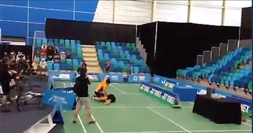 badminton fight