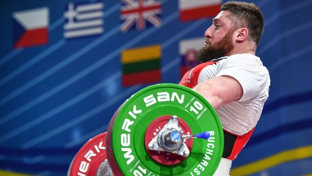 1 067 Pounds Georgian Super Heavyweight Breaks World Record Total At Weightlifting Worlds Olympictalk Nbc Sports