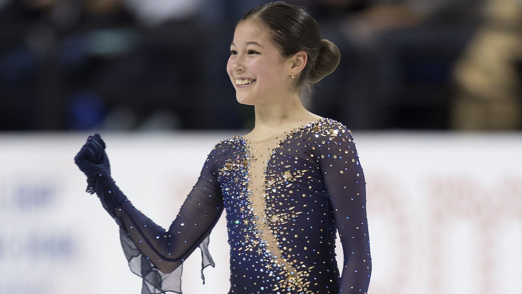 Alysa Liu unflappable under intense pressure to successfully defend national title