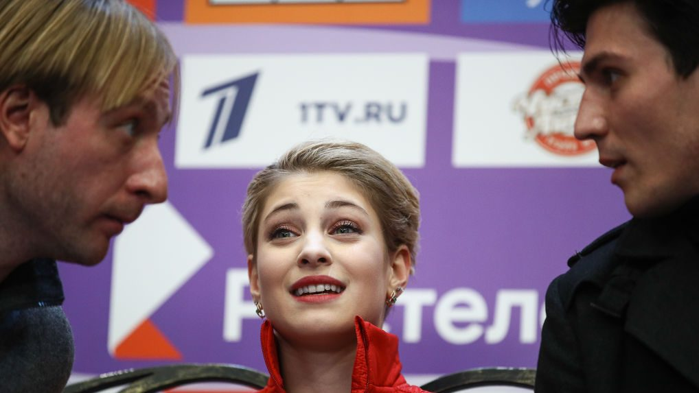 Aliona Kostornaya, world's top figure skater last season, leaves coach Yevgeny Plushenko